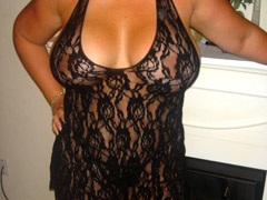 Chubby babes in sexy lingerie want to show their pussy in a bbw porn
